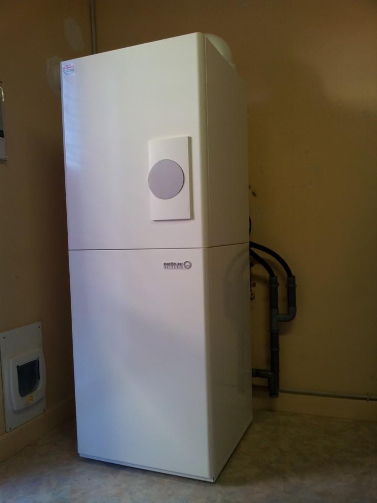 condensation gaz avec production d 39 eau chaude sanitaire sarl skladana sarl skladana. Black Bedroom Furniture Sets. Home Design Ideas